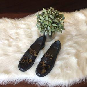Stuart Weitzman Leopard Black Loafers Sz 7.5